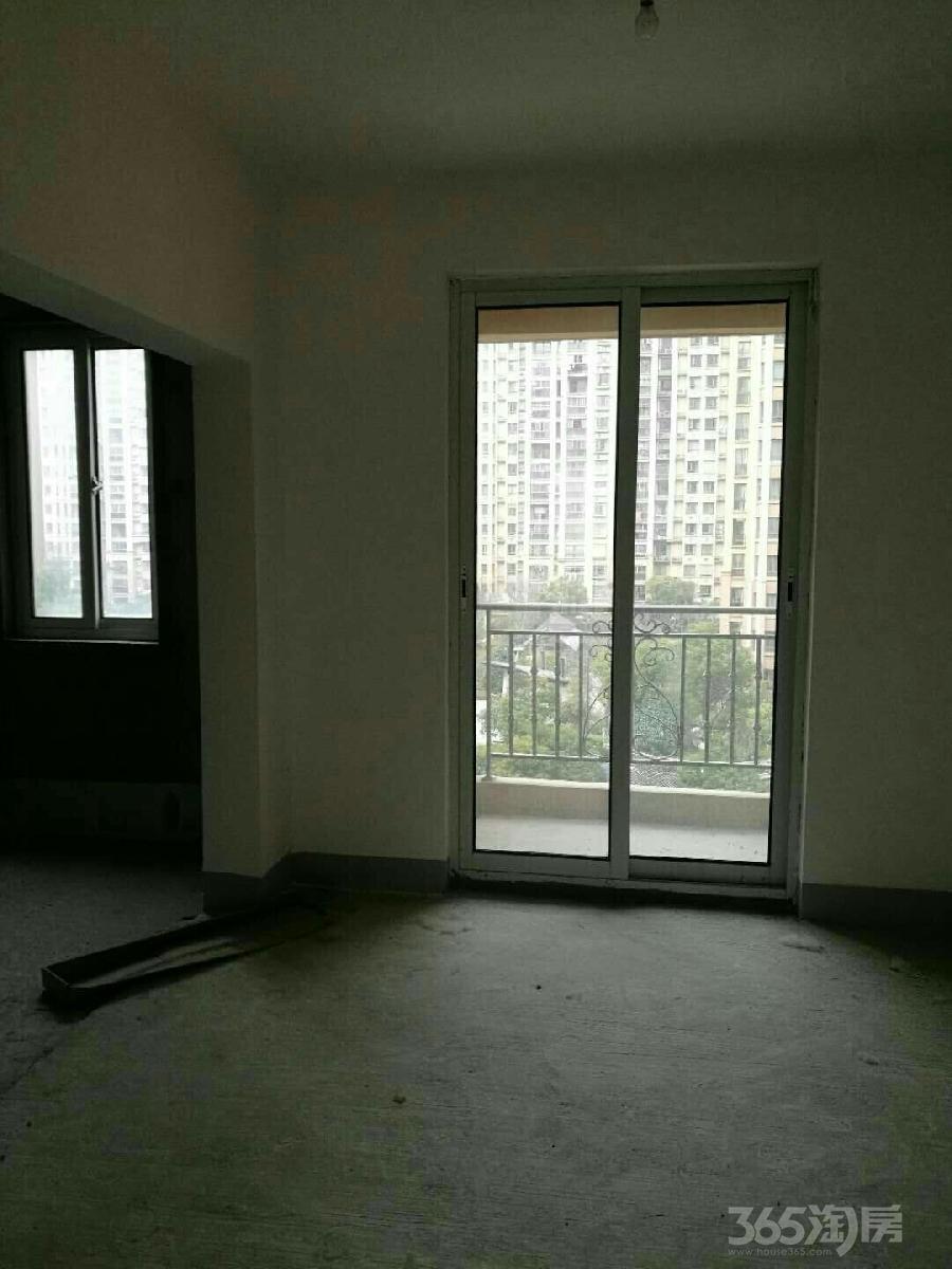 中南世纪城二3室2厅2卫140平米2013年产权房毛坯