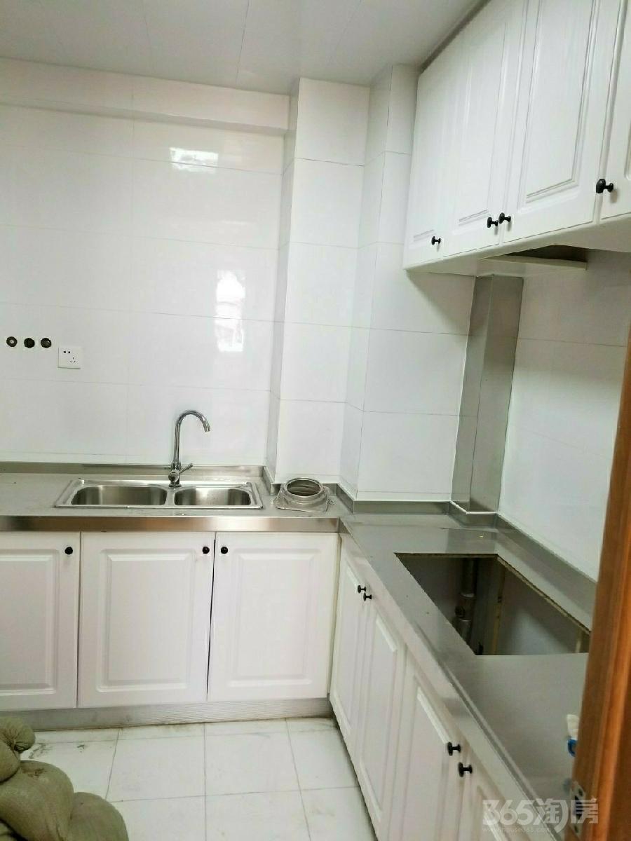 燕江新城山水苑3室1厅1卫90平米整租精装