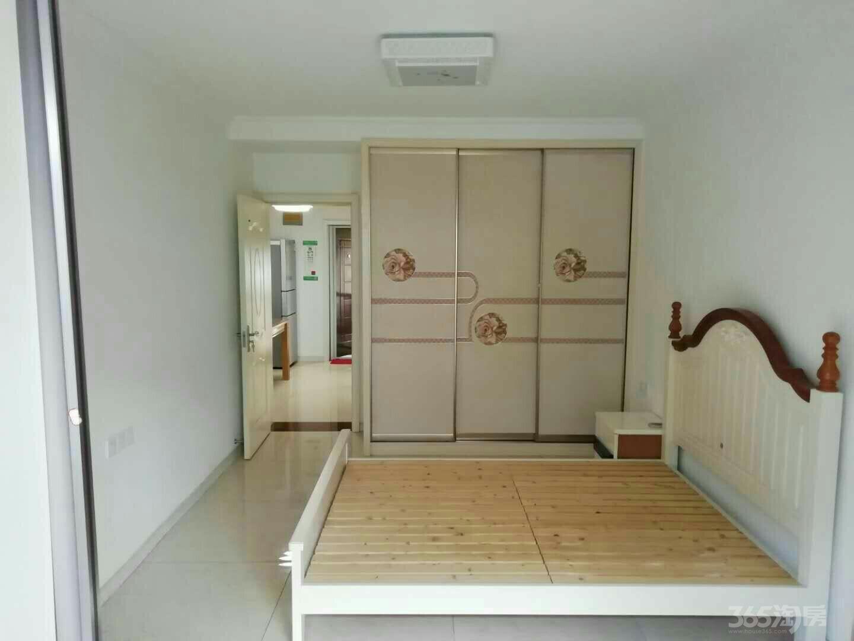 三家村1室1厅1卫40平米整租精装