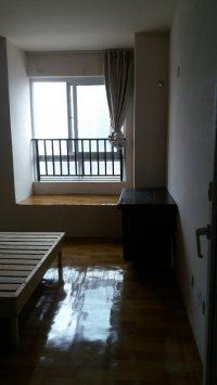 秀山信达城2室2厅1卫76.00�O整租中装