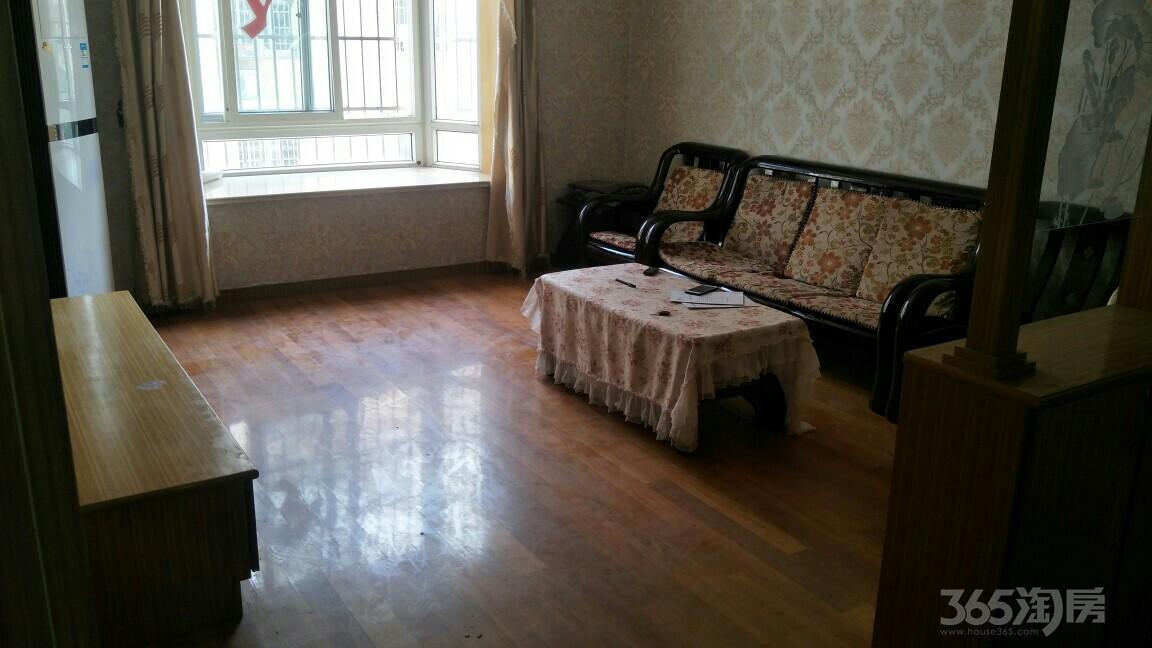 淞泽家园三区4室1厅1卫25平米合租精装