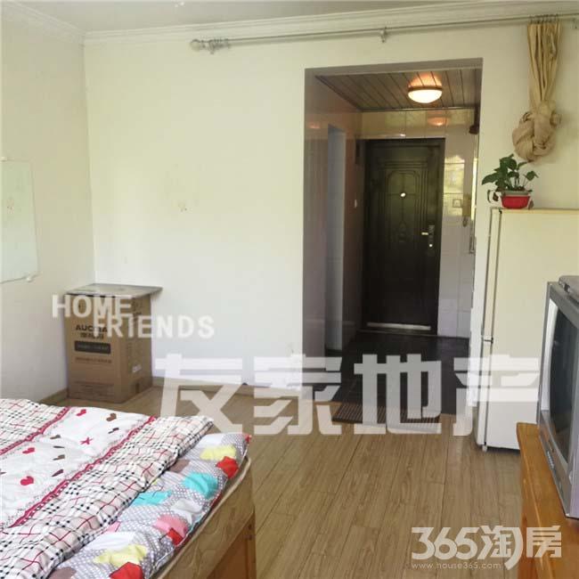 香格里拉 中等装修 拎包住 性价比高的单身公寓 错过就没了