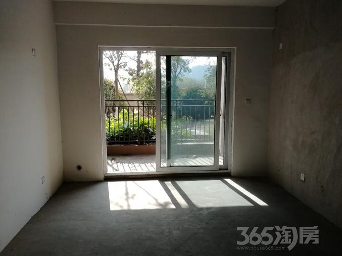 雅居乐涟山3室2厅2卫132平米2014年产权房毛坯