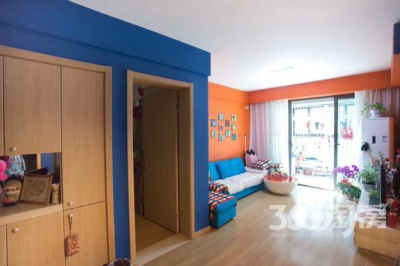 新城香溢紫郡2室2厅1卫79平米精装产权房2011年建