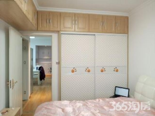 金尧华府 2室1厅1卫79平米2014年产权房豪华装