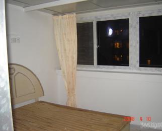 明月花园对面的 园中园1室1厅1卫45平米简装合租