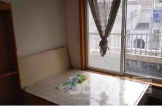 太湖花园二期4室2厅2卫151平米整租精装
