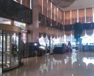 西安门地铁站 黄埔大厦1800坪 大开间户型方正 落地窗全明