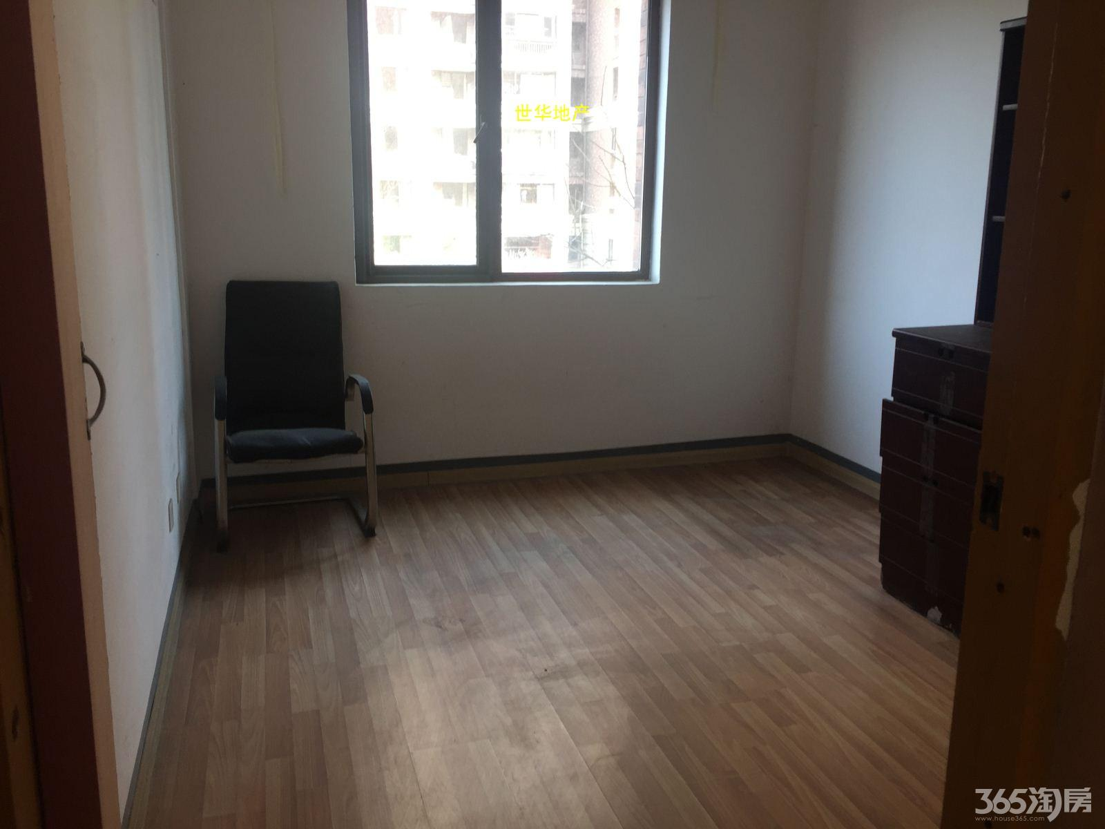 出租 伟星城 115平 3室2厅 简单装修 办公适用