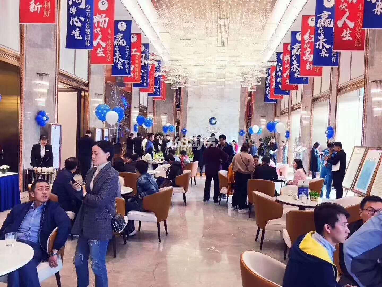 西子曼城售楼部内购房实景(2017.11.30)