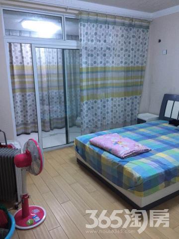 万福城3室2厅2卫136.02平方产权房精装