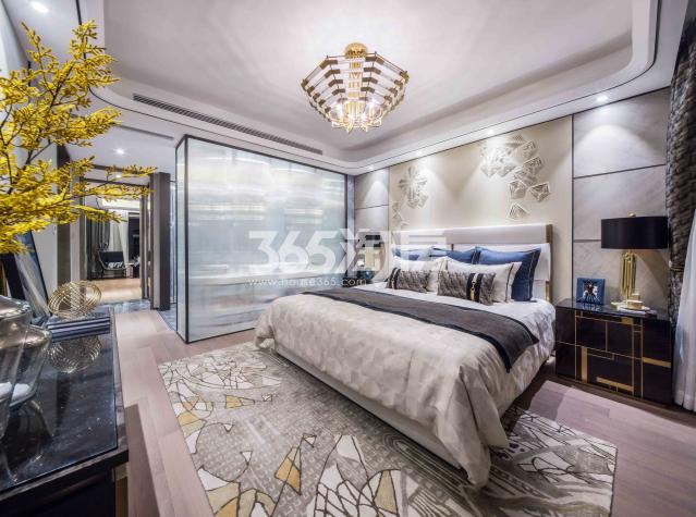 龙湖景粼天序项目188㎡卧室样板图