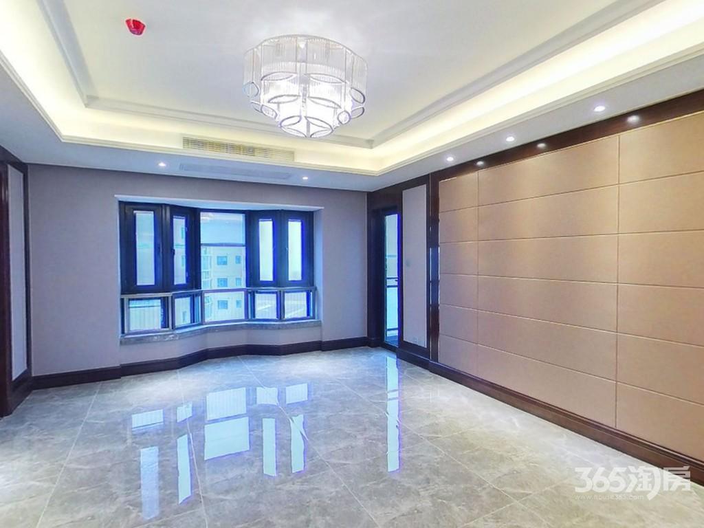 恒大华府5室2厅2卫200平米豪华装产权房2018年建