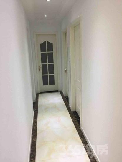 翠屏城3室2厅1卫86平米精装产权房2016年建