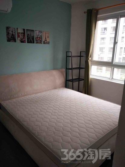 飞龙路绿地世纪城4室2厅2卫140平米整租精装