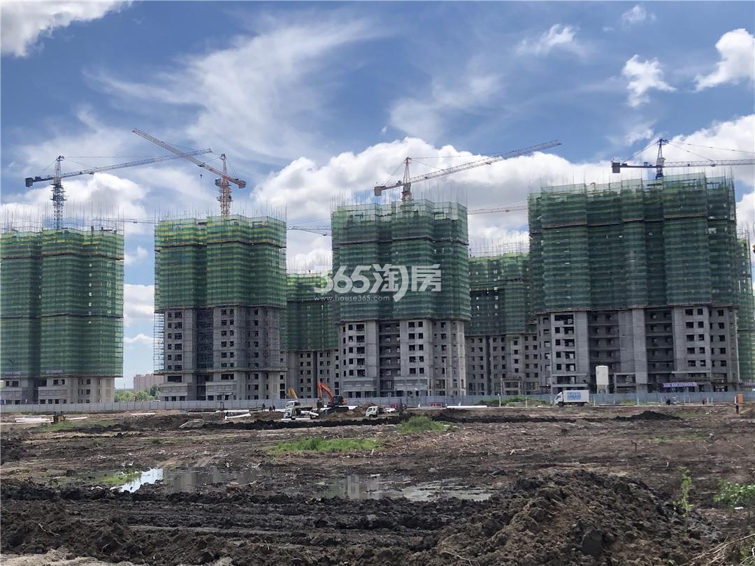 绿地·东北亚国博城实景图