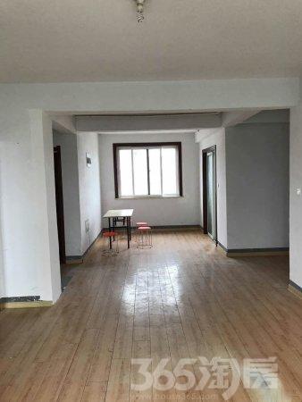 上山花园3室2厅1卫96.00�O2015年满两年产权房简装