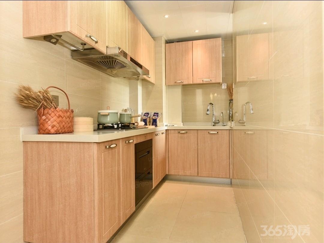 雅居乐林语城4室2厅2卫141平方米98万元