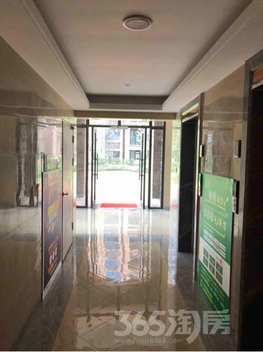 华强城颐景湾畔2室2厅1卫88平米毛坯产权房2018年建