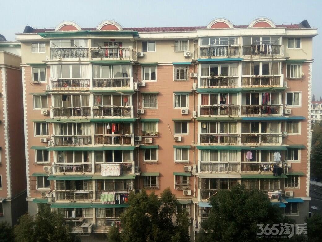 香苑小区3室2厅1卫100平米整租精装