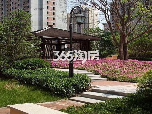 华远海蓝城小区实景花园(2017.08)