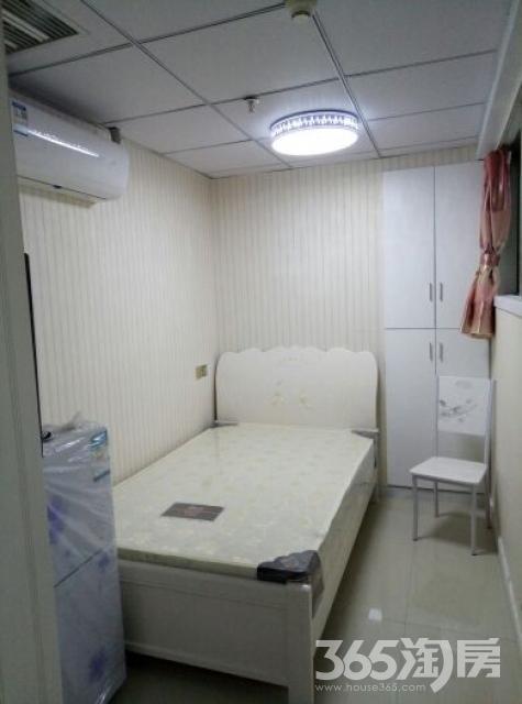 华藏寺巷1室0厅1卫15平米整租中装