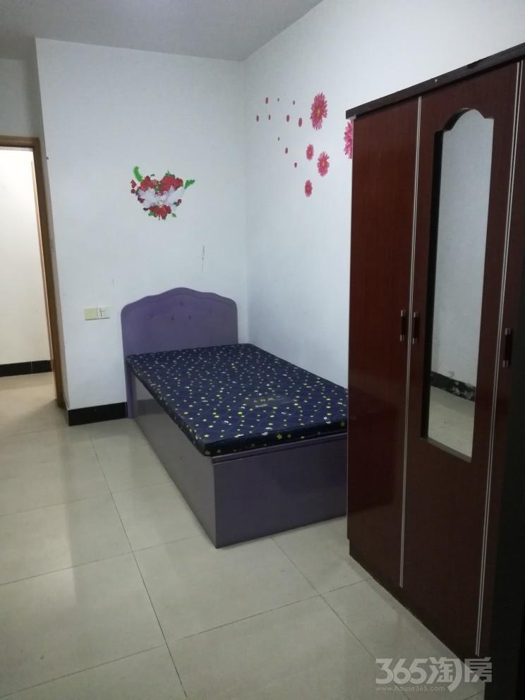 龙庭世家3室2厅1卫120平米整租简装