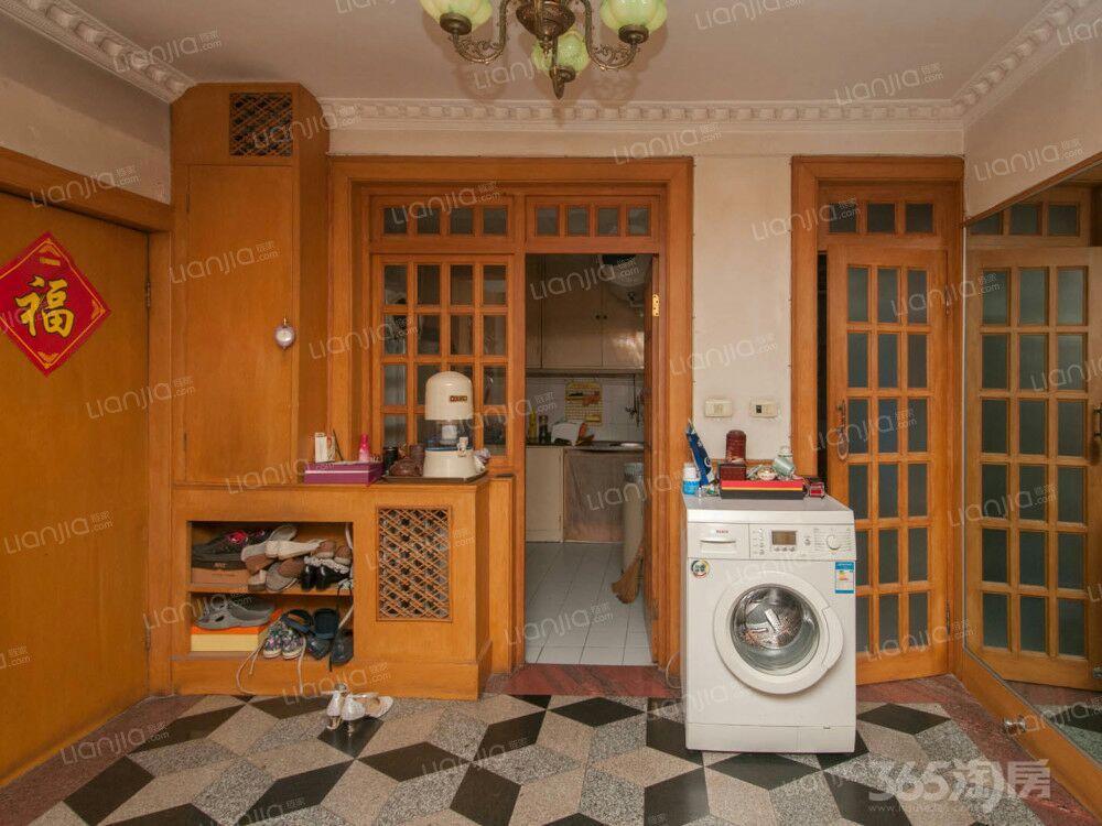 昆裕里3室1厅1卫76.68平米2000年使用权房中装