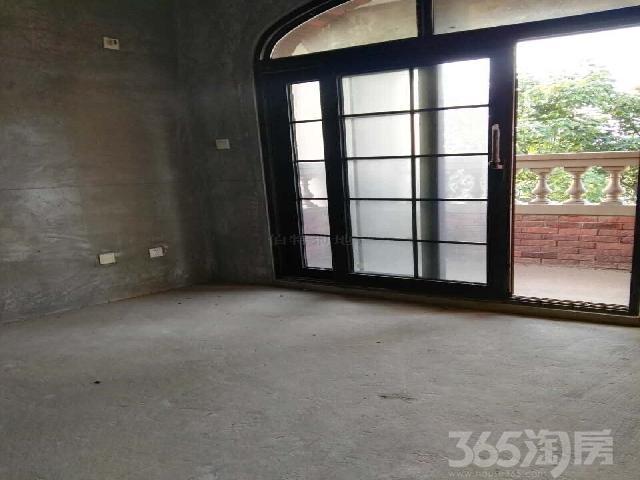 中茵龙湖国际家苑5室3厅4卫290.00�O2011年使用
