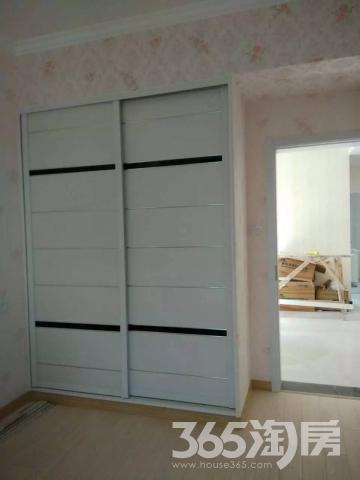 长泰国际社区2室2厅1卫96平方产权房豪华装