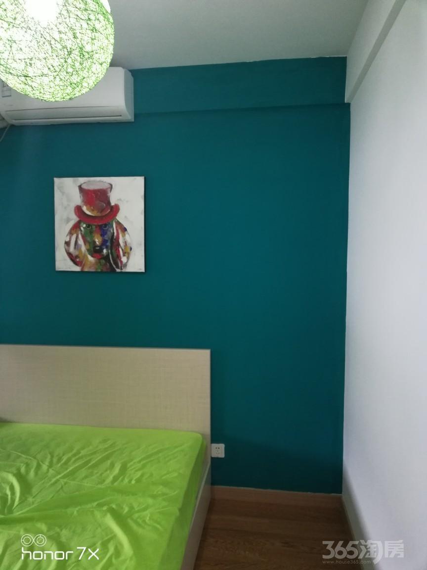 珑湾花园二期3室1厅1卫18平米合租精装