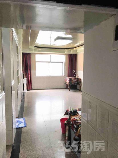湾里新村4室2厅1卫130平米整租中装