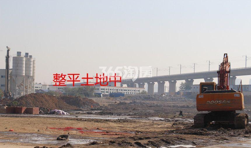 中辰优唐广场施工现场整平土地中(2017.12.5)