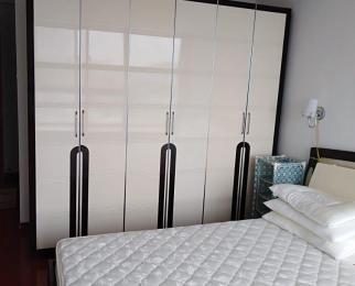 东方天郡西区4室2厅2卫128平米整租精装