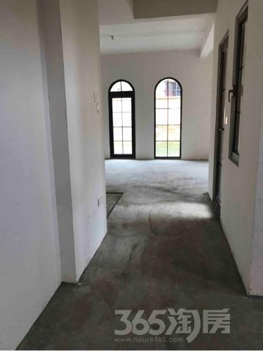 卧龙湖5室2厅3卫264平米毛坯产权房2016年建