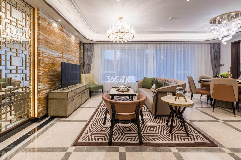 滨江保利翡翠海岸131方(A1户型)亚洲风格样板房---客厅