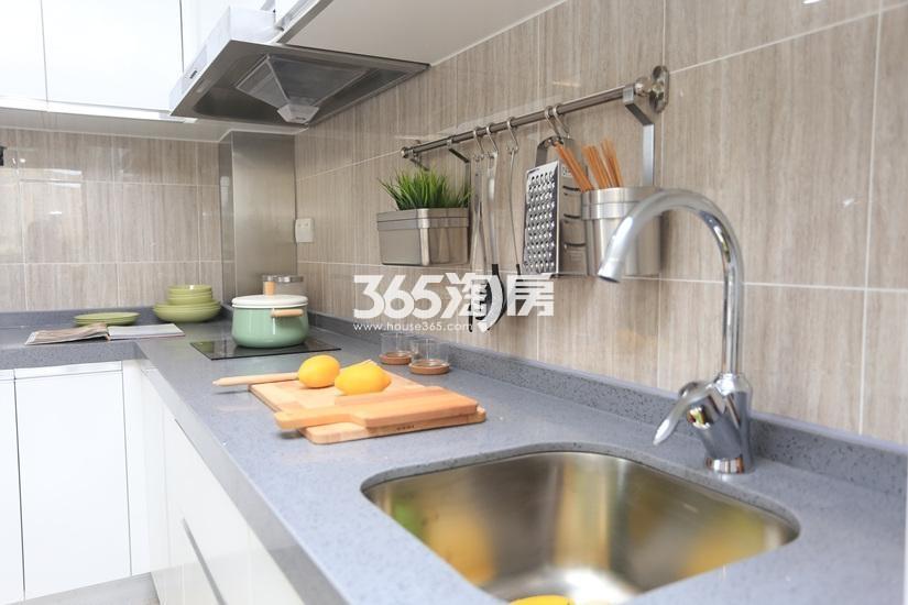 中电颐和府邸公寓样板间——厨房
