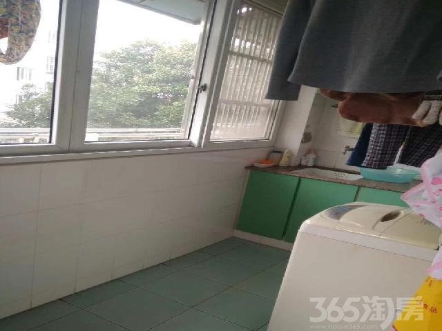 景云桥3室2厅1卫95.96�O2003年产权房精装