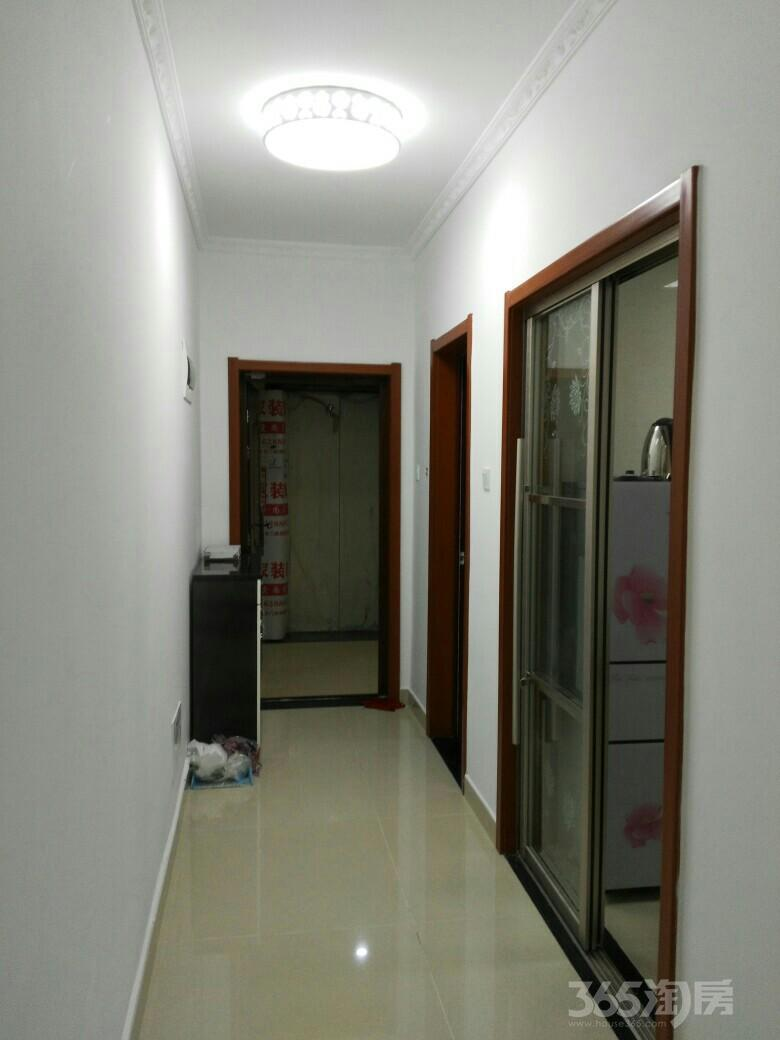 禹洲华侨城2室2厅1卫90平米整租精装