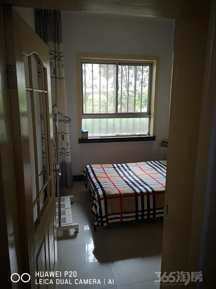 兰运司家属院西北新村2室1厅1卫73.6平2001产权精装