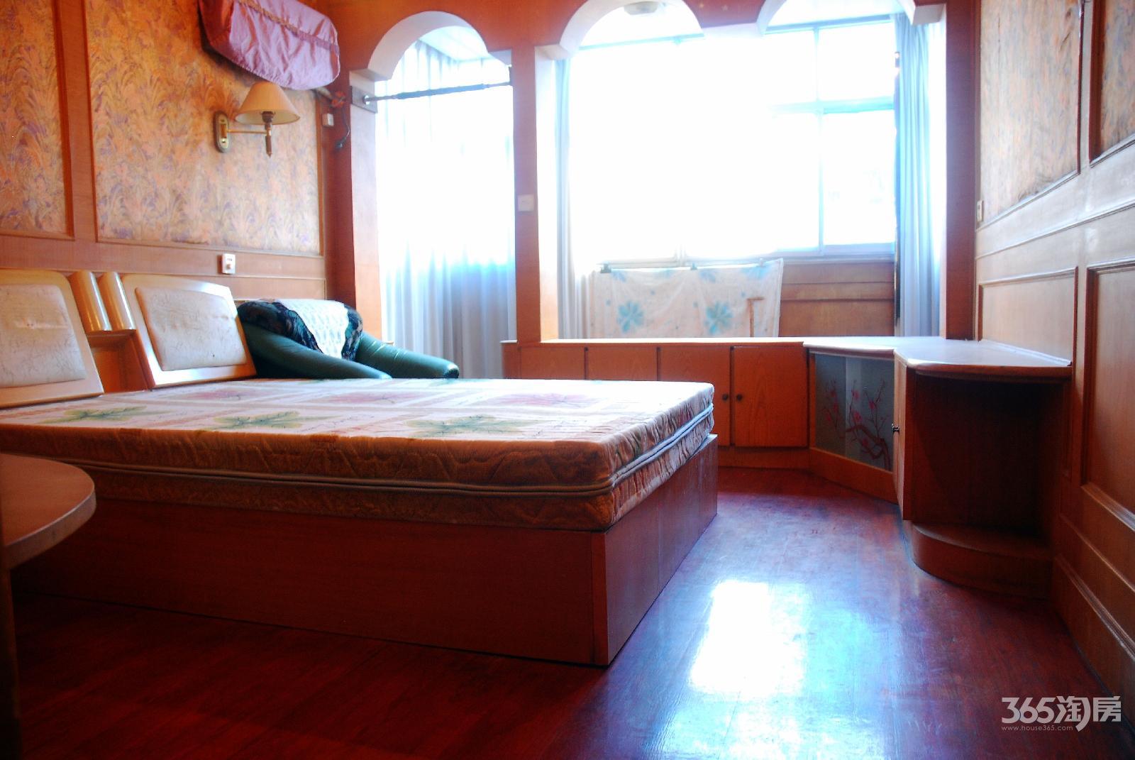 莱茵达路29号3室2厅1卫92平方学区房实际面积大价格可谈