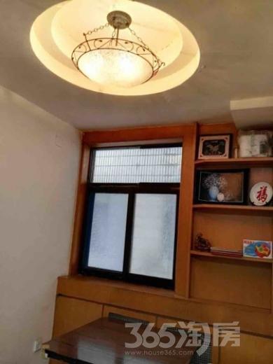 扬子二十村3室1厅1卫105平米精装产权房1998年建