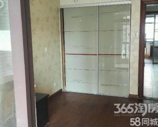 紫金门花苑北区4室2厅2卫150�O整租精装