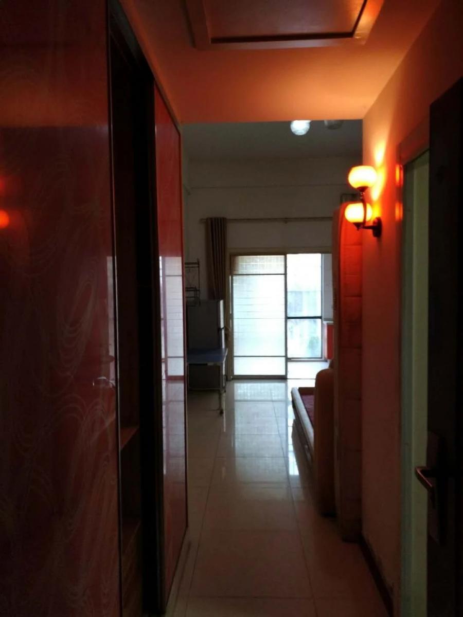 个人花雨南庭1室1厅1卫39.32平方产权房简装