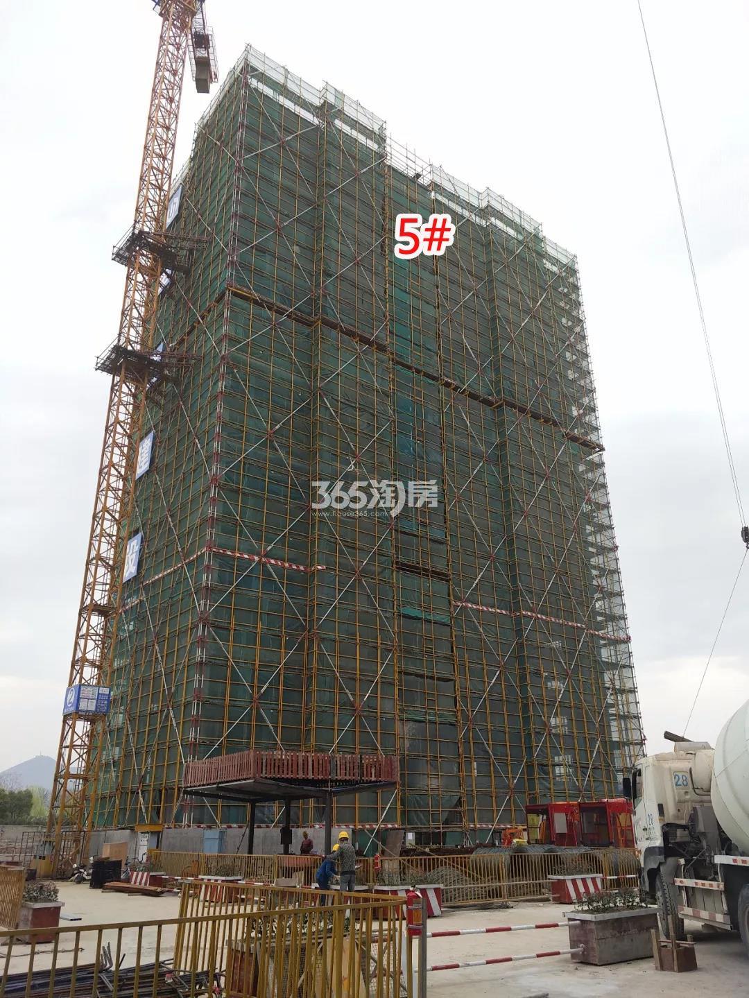 绿都汀蘭府5号楼施工图 2018年3月摄