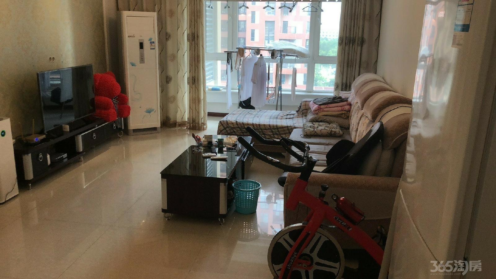 金地滨河国际上城2室1厅1卫87平米整租豪华装