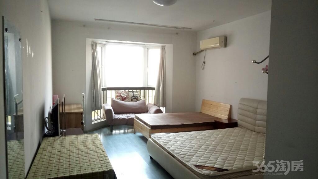 三华园1室0厅1卫50平米整租中装