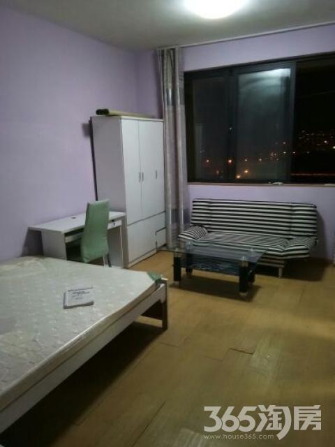 德信北海公园1室0厅1卫26平米合租精装