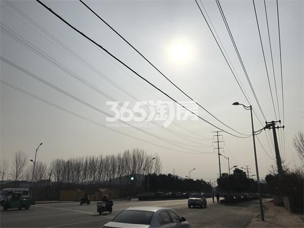 苏宁悦城西侧天齐路实景图(1.24)