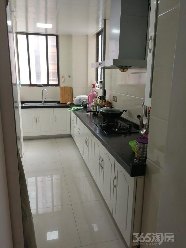天安都市花园3室2厅1卫108平米2014年产权房精装